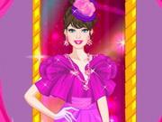 الأميرة الجميلة وملابس الإحتفالات