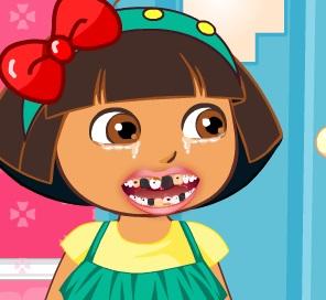 تنظيف اسنان دورا عند طبيب الاسنان